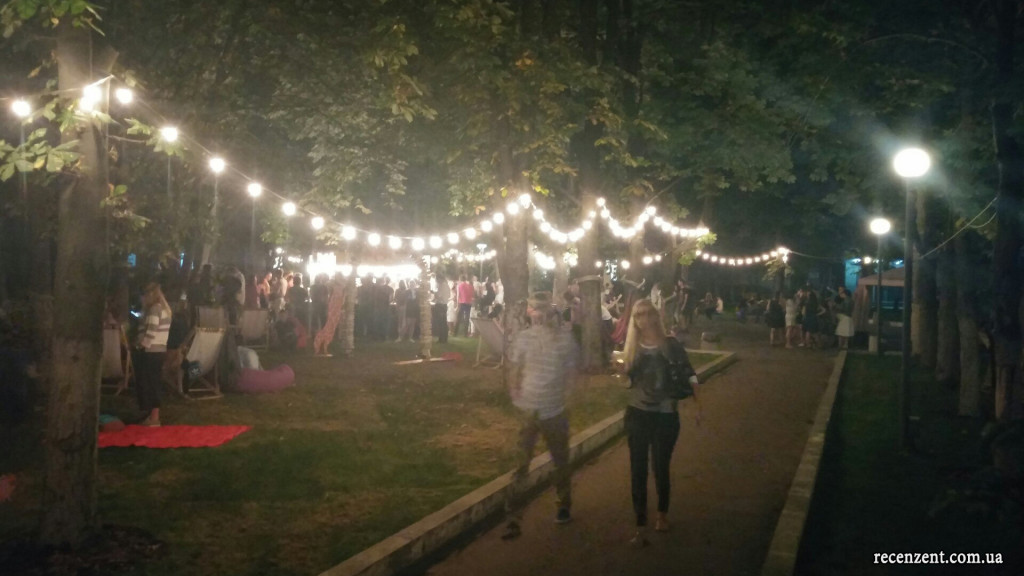 Обзор нового мероприятия от организаторов уличной еды - Белые ночи в Киеве, сентябрь, от сайта Рецензент