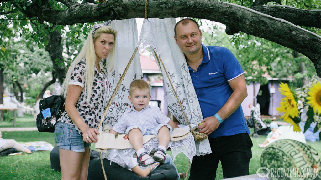 Благотворительный слет Инстамамы Украины. Развлечение для детей, их мам, и конечно же пап. Мастер-классы, ярмарка, веселая наука и многое другое.